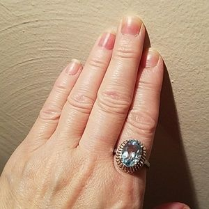 Jewelry - BEAUTIFUL - GENUINE BLUE TOPAZ RING